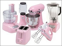 The wonderful pink Kitchen Aid collection. Love the oldschool style.