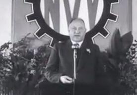 1-May-2015 15:58 - FNV VIERT DAG VAN DE ARBEID MET TOESPRAAK NSB'ER. Vakbond FNV heeft een filmpje met een toespraak van een NSB'er meegestuurd met een persbericht over de Dag van de Arbeid. Dat meldt RTL Nieuws…...