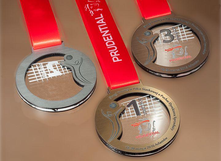 yarışmalar Için madalya Prudential Için voleybol. Madalya laminat Gravür renkli Baskı eğer renksiz pleksiglas Taraflı ettik.