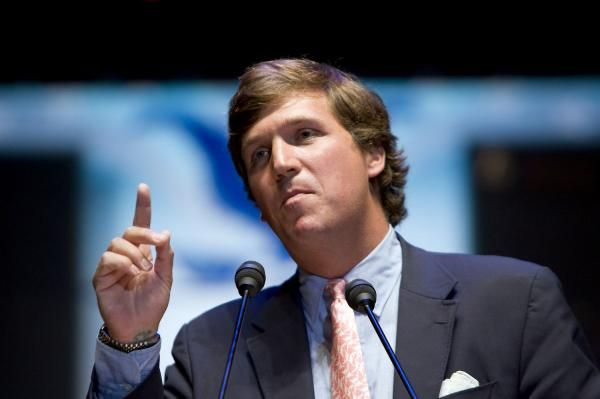"Tucker Carlson is to interview Caitlyn Jenner for Monday's edition of ""Tucker Carlson Tonight"" on the Fox News Channel."