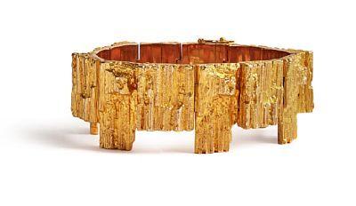 """BJÖRN WECKSTRÖM FINLAND 1935  Armbånd - """"The Bear"""" For Lapponia. Gull. 14 K. Støpte bevegelige ledd. 1970-tallet. Dobbel sikkerhetslås.  Totalvekt: 105 g."""