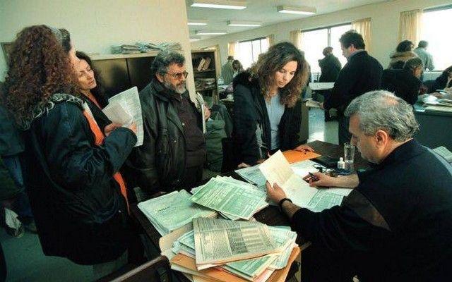 Η Εφορία «φακελώνει» 8,5 εκατομμύρια φορολογούμενους - Τι αλλάζει για τους Ελληνες, ποιες δαπάνες θα ελέγχονται καθημερινά