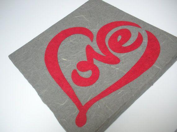 love pannello decorativo in cartapesta da cm. 25x25, €17.00  www.fukumaneki.it