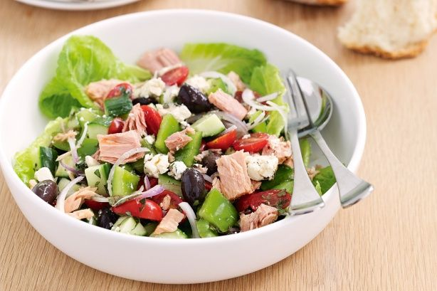 Mediterranean Tuna Salad Low carb, high protein, high yum!
