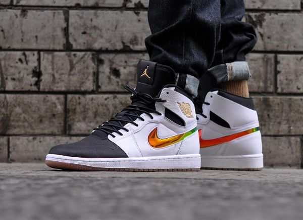 hot sale online 1cea0 2f4a2 Discover ideas about Nike Air Max Mens. Air Jordan 1 High Nouv Dunk From  Above