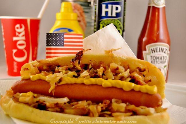 Je réalise souvent cette recette de hot-dog américain ou plus exactement celui que l'on peut déguster partout à New-york. Il est très légèrement francisé car il n'est pas évident de tr…