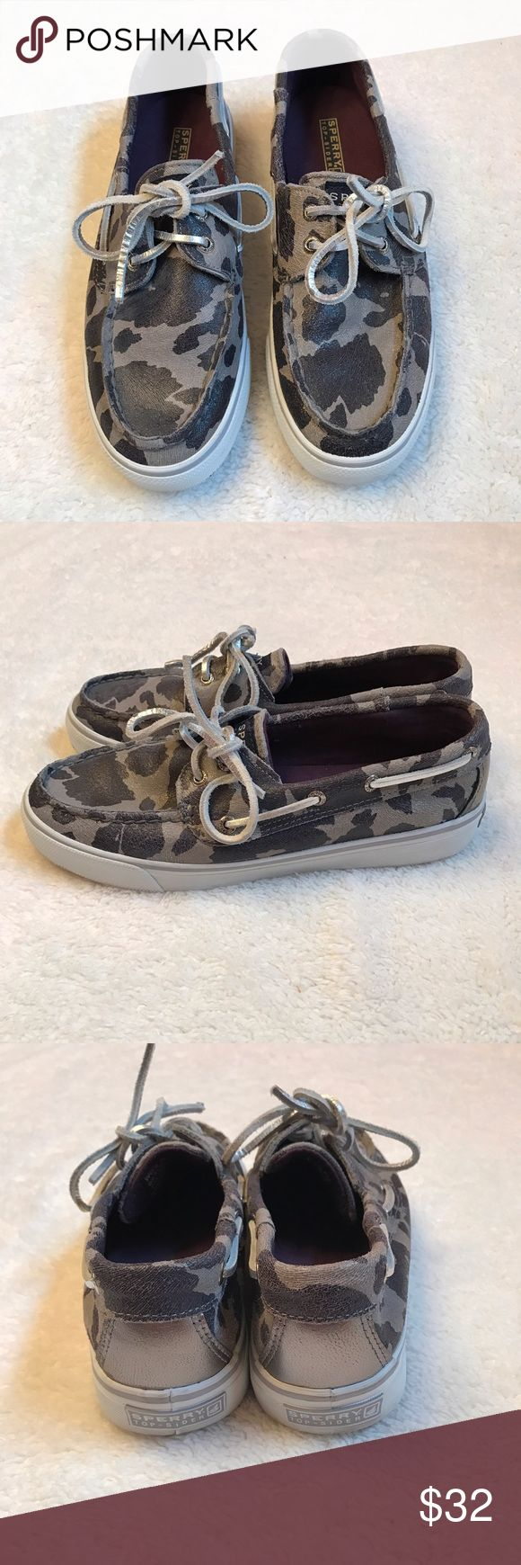 ⏰Sperry topsiders weekend sale! Excellent condition Sperry Top-Sider Shoes Flats & Loafers