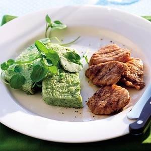 Broccoliterrine met yoghurt en gegrilde varkenshaas - Allerhande
