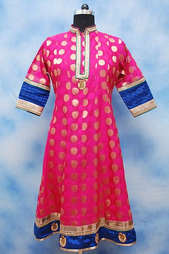 Formal Magenta Anarkali, Magnificent Magenta Anarkali kurti features embellishments , Collar Neckline, Lining inside, Formal Wear
