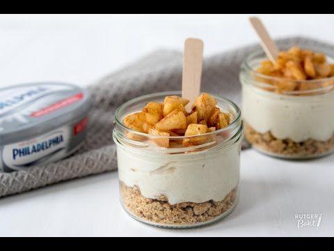 Appel-kaneel Philadelphia cheesecake in glaasjes – recept - Rutger Bakt