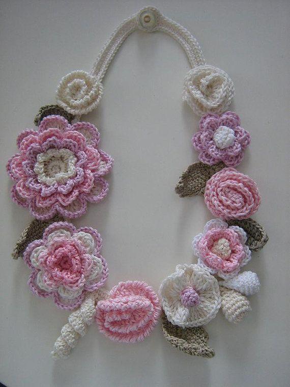 Collares Tejidos, Collares De, Gargantillas Tejidas, Bufandas, Crochet Collares, Flores En Crochet, Pulseras, Ganchillo, Abrazaderas