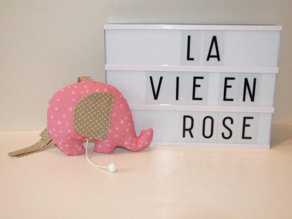 Doudou musical, berceuse musicale éléphant étoiles et pois La vie en rose Edith Piaf