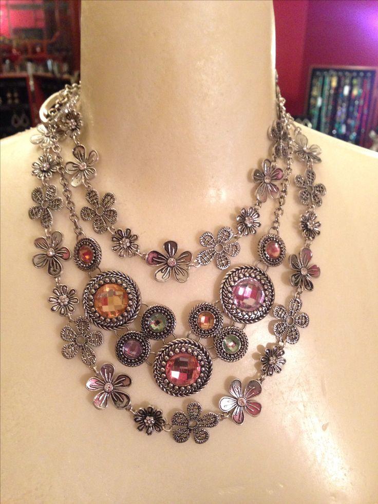 Premier Designs Daisy Chain and Chiffon. Premier Designs jewelry. So versatile! Online catalog at http://colorful.mypremierdesigns.com    access code: shine