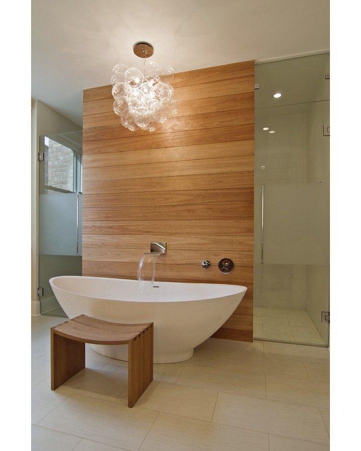 Leavitt Residence by Besch Design #peternilson #beschdesign #chicago #bathroom #bathtub #interior #interiors #interiordesign #architecture #design by homeadore