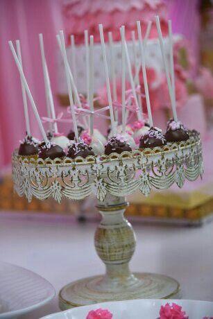 Cake pods
