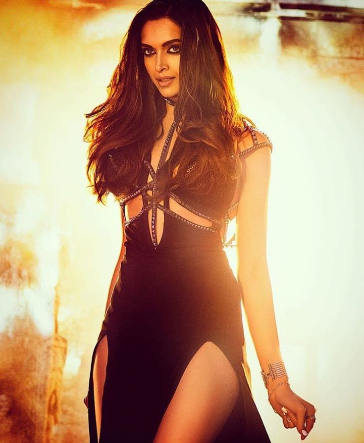 Deepika Padukone has appeared in the Raabta title track and she looks stunning as always in her black sizzling outfit. Deepika Padukone