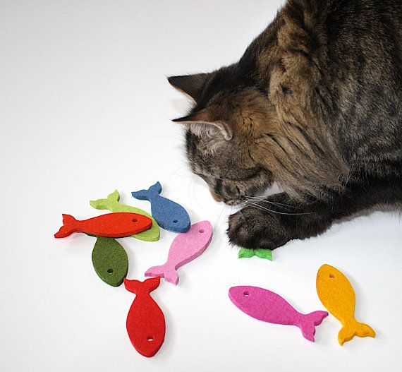 Cat Toys 100 Merino Wool Felt Fish Cat Toy With Or Without Catnip Toys For Cats Natural Carnivoros