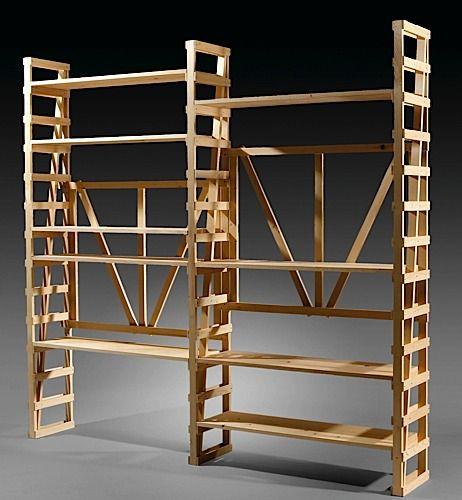 Enzo MARI (Né en 1932) Bibliothèque U - création 1974 Pin naturel #enzomari #design #bookcase