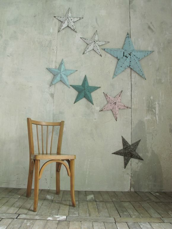 Hanging Barn Stars with beautiful pastel patina from Les Petits Bohèmes