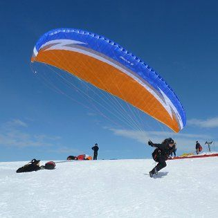 Free advertising base for all paragliding enthusiasts. If you have or are looking for equipment, visit our portal.