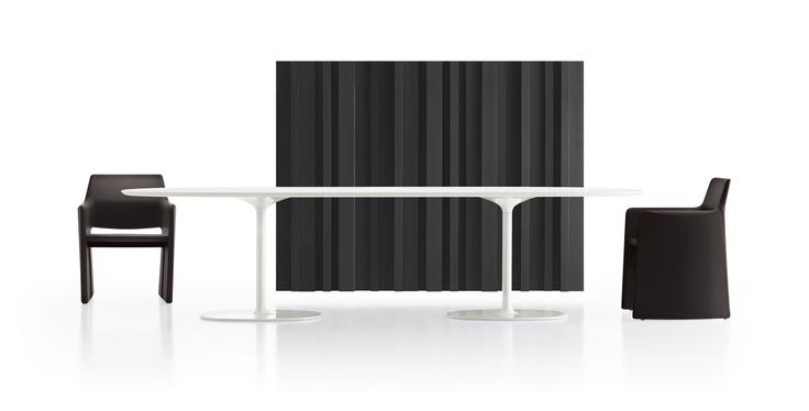 Dizzie table by Arper, design Lievore Altherr Molina