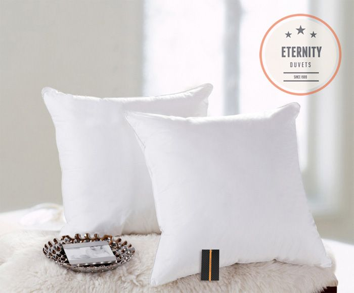 Bíly polštář pro alergiky 63x63 cm