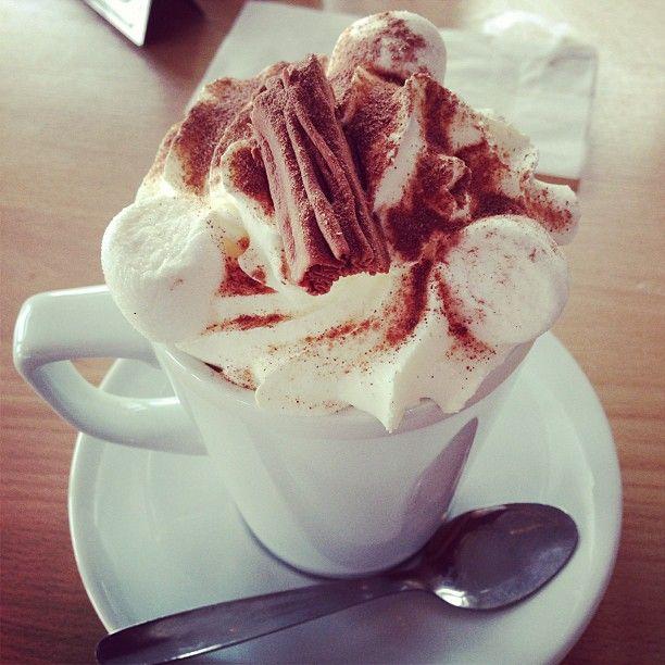 coffee - milchkaffee mit sahne