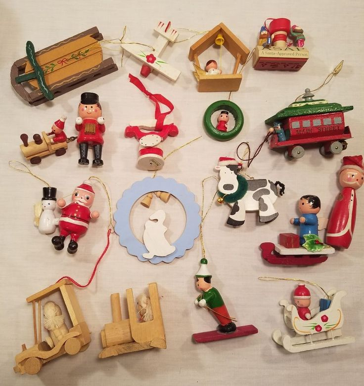 Lot Of 5 Vintage Christmas Decorations Kitsch Santa Claus: 34 Best Vintage Jewelry Images On Pinterest
