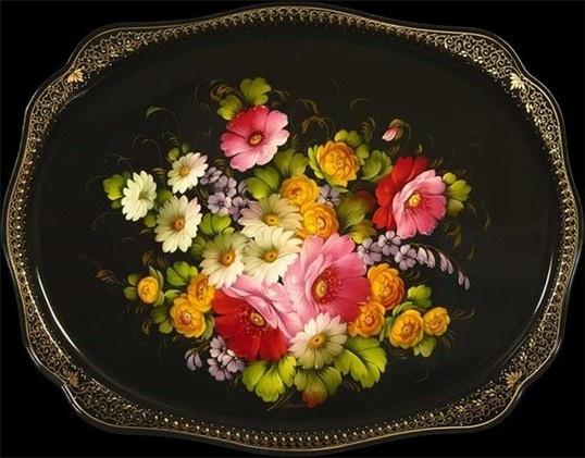 Евгения Мешкова, Черный поднос с букетом цветов