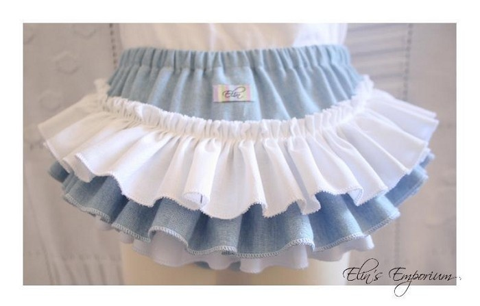 My Chambray & White Cotton Ruffle Nappy Pants <3     All 100% pre-washed cotton, this one is size 2 - sizes 0000-1 will also be available :)