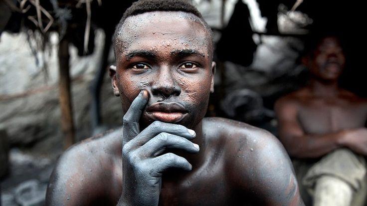 Il 20 febbraio è la Giornata mondiale della giustizia sociale Il tema della giornata del 2015 è la lotta al traffico di esseri umani e al lavoro forzato che affligge le persone più vulnerabili. http://www.lifegate.it/persone/news/il-20-febbraio-e-la-giornata-mondiale-della-giustizia-sociale