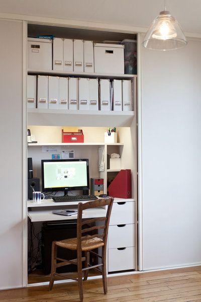 coin bureau caché derrière un placard coulissant