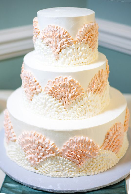 3 Tiered Fan Wedding Cake