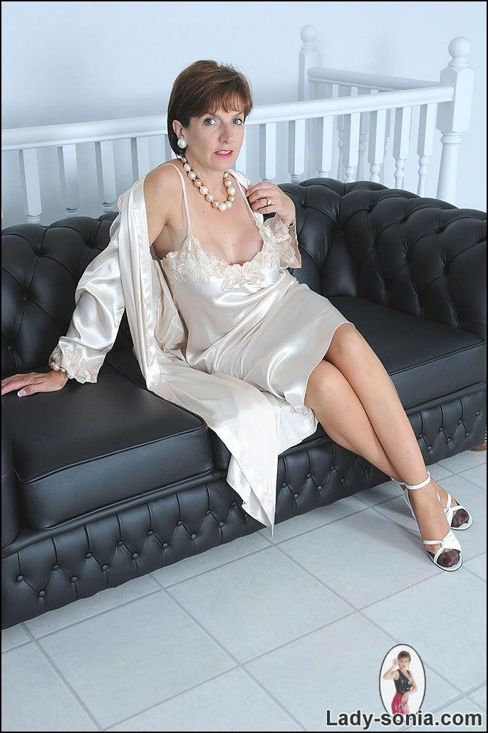 Lady Sonia Shizz Lady Satin Lingerie