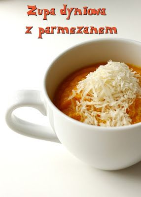 Pikantna zupa dyniowa z parmezanem