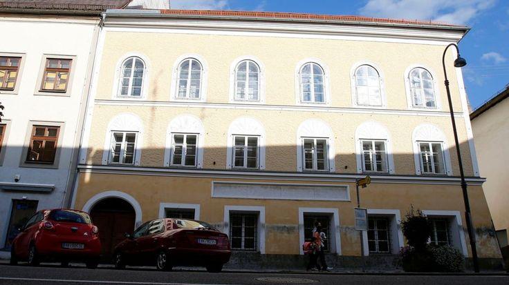 Hitler birthplace: Austrian minister retreats on demolition http://ift.tt/2esPDS9