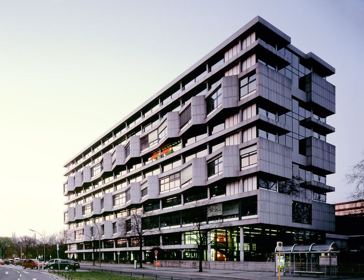 The architecture faculty at the Technisches Universitaet in Berlin / designed by Bernhard Hermkes and Hans Scharoun in 1966.