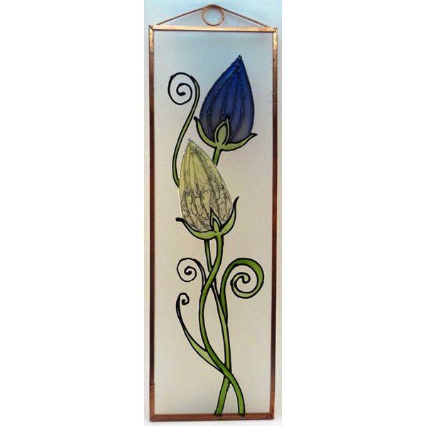 Tallér virág Grafika: Navratil Zsuzsa üvegre kivitelezte: Kőrösi Andrea Mérete: 7,5 cm x 23,5 cm