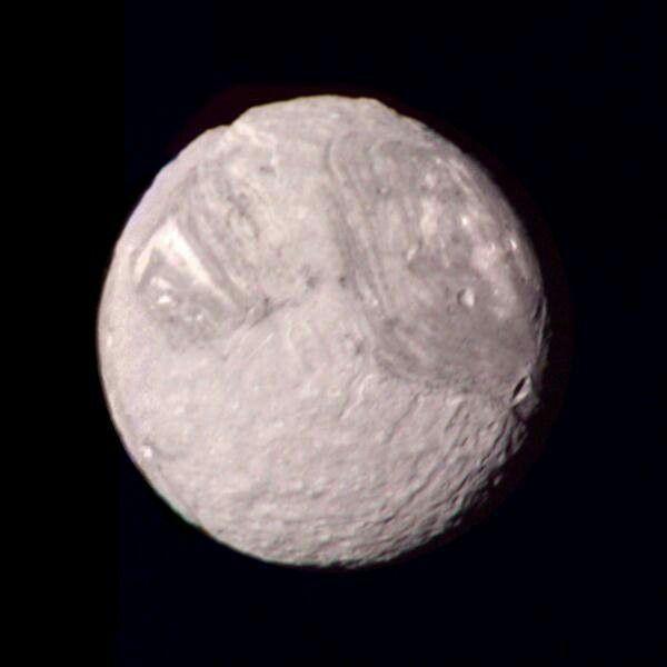 Miranda, luna de Urano, la más pequeña de las 5 mayores