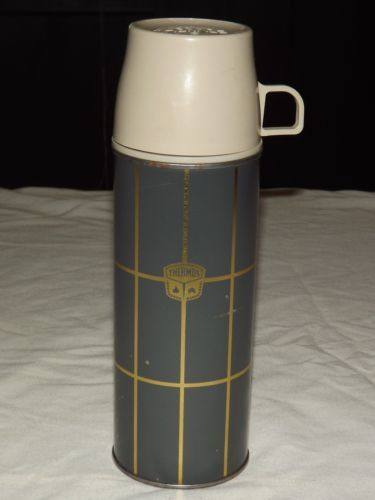 VINTAGE-LUNCH-PICNIC-9-3-4-HIGH-METAL-PLASTIC-THERMOS-2234-H