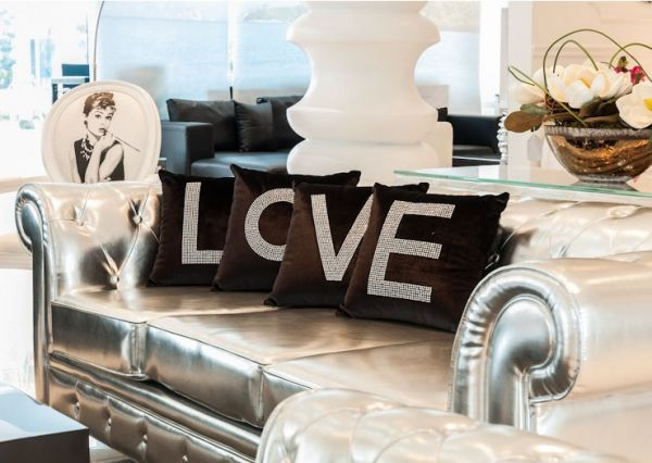 Kylie Jenner Valentines Day Love Pillows Beautiful Home Pinterest Pillows Kylie Jenner