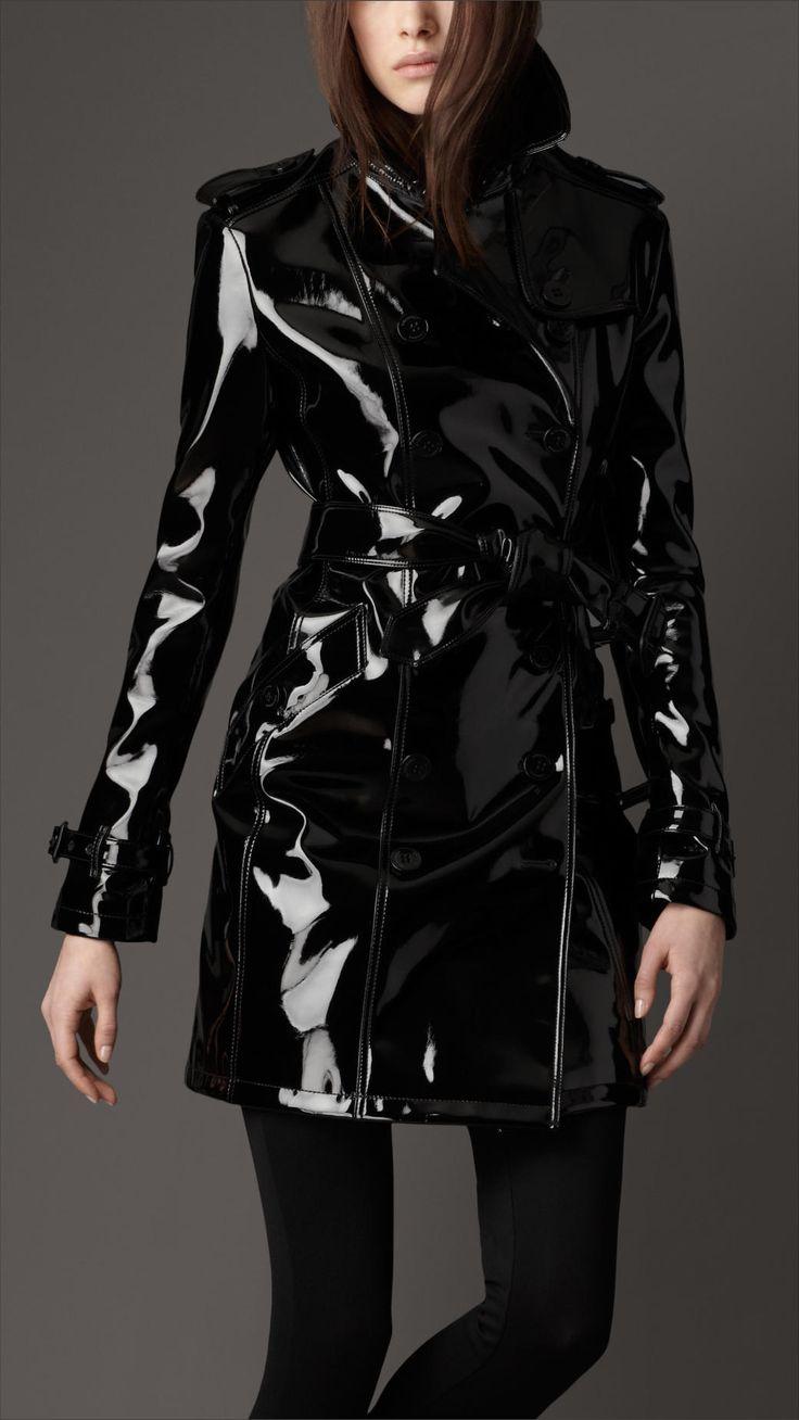 Burberry patent leather trench...... yes, please!