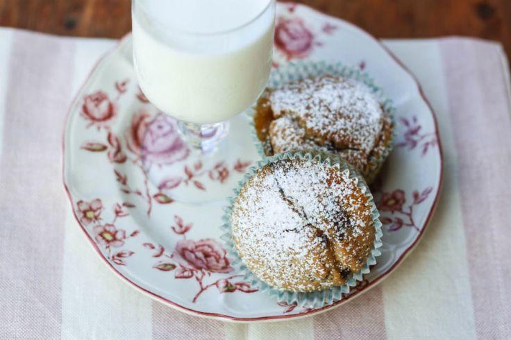 muffin con gocce di cioccolato e marmellata