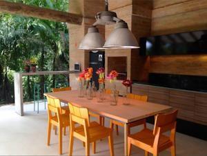 Casa Turquesa da Mata em Maresias, Brazil - Melhores Taxas Garantidas   Lets Book Hotel