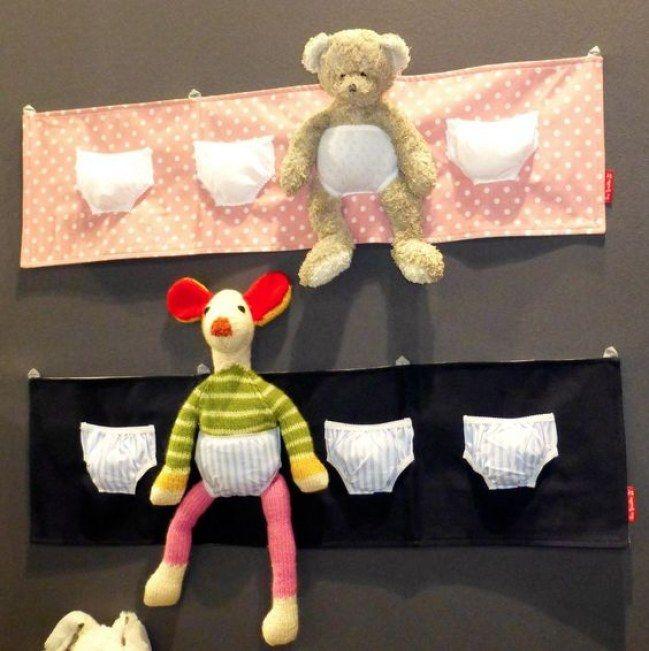 une façon adorable de ranger les peluches dans la chambre de bébé (vu chez Les Griottes)