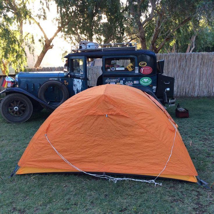 Camping auf dem Amanzi Trails Platz am Orange River. Da wird viel Kanu gefahren.