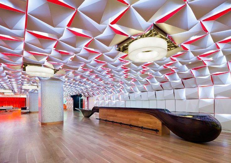 Les 25 meilleures id es concernant faux plafond moderne - Faux plafond industriel ...