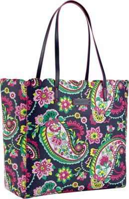 The ultimate tote for spring! -Vera Bradley #prints #paisley #flowers #style #accessories #bags #totes #fashionaccessories