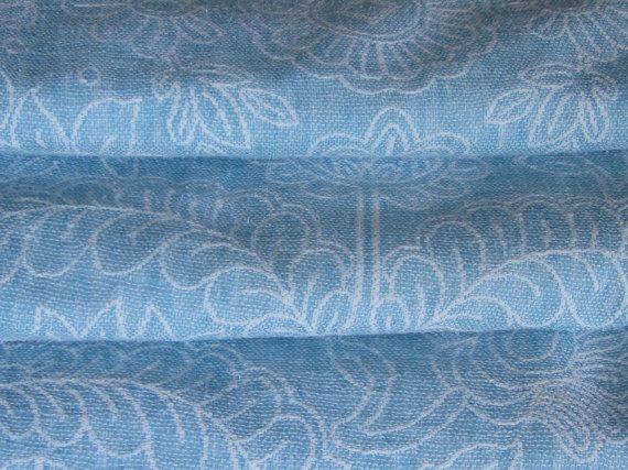 Vintage bedspread, white and blue