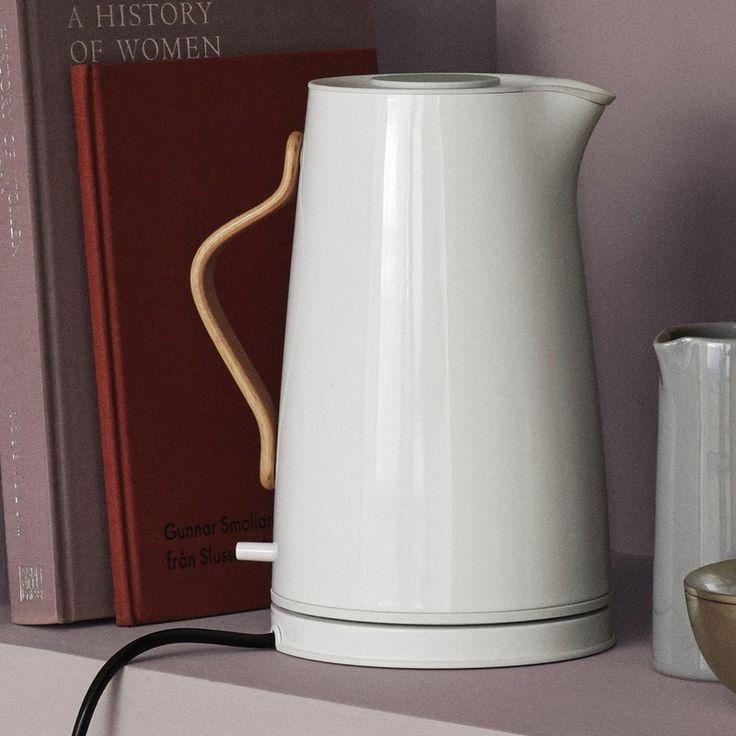 Электрический чайник Stelton Emma white chalk